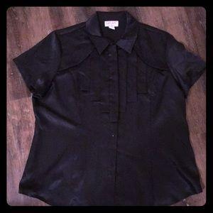 Tops - 🔴 NWT DR Rodriguez black silky top xl